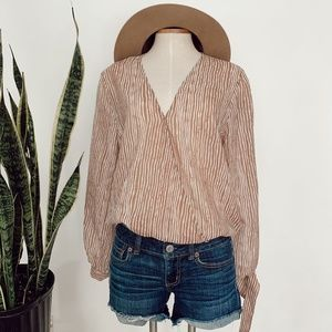 • BOOHOO • pink & white striped open sleeve top